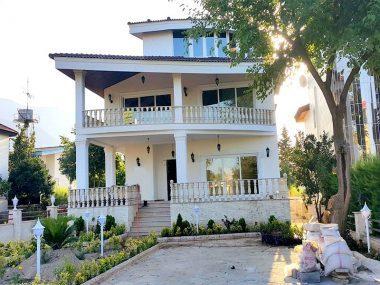 فروش ویلا ساحلی در نوشهر – ۵۲۶۳