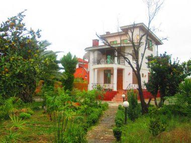 خرید خونه باغ در رویان – ۱۲۵۰