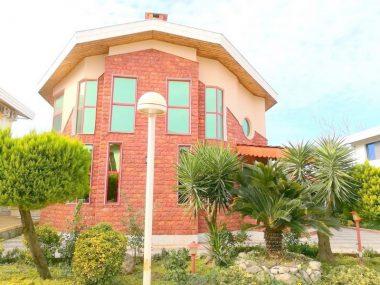 فروش ویلا ساحلی در نوشهر – ۵۸۷۲