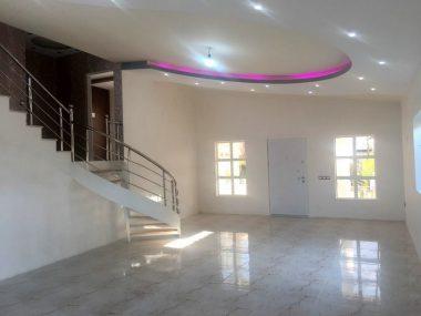 فروش ویلا در محمودآباد ۱۰-۷۳۳۴