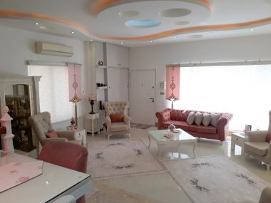 فروش ویلا مبله در محمودآباد ۱۵۱۲-۱۲