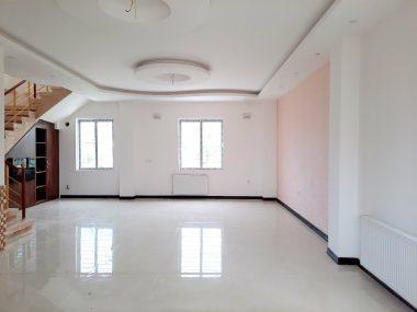 خرید ویلا دوبلکس در شمال محمودآباد ۷۱۰۷-۱۲