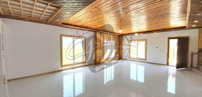 خرید ویلا استخردار در شمال نوشهر-۹۸۱۶