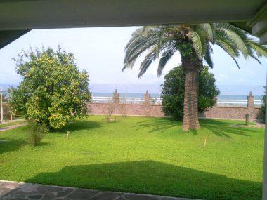 خرید ویلا قواره اول دریا در ایزدشهر-۲۱۲۴۹