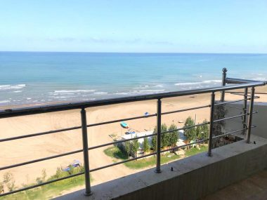 فروش آپارتمان ساحلی در سرخرود-۵۲۷۹