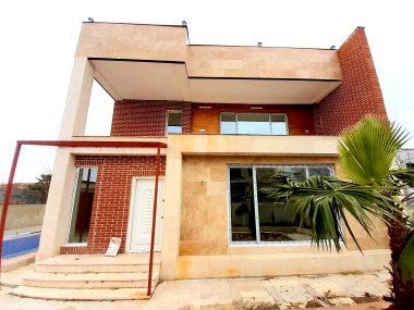 فروش ویلا استخردار در شمال محمودآباد-۴۵۳۷۵