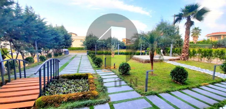 خرید ویلا لوکس استخردار در شمال نوشهر-۴۶۶۷۳