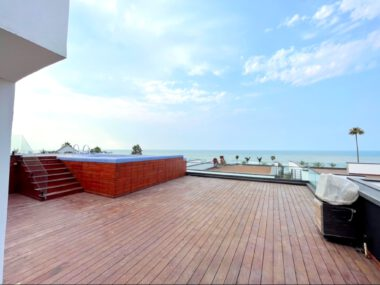 فروش ویلا ساحلی استخردار در رویان-۵۵۵۳۸